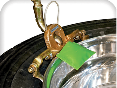 Clevis to change tubeless truck tyres